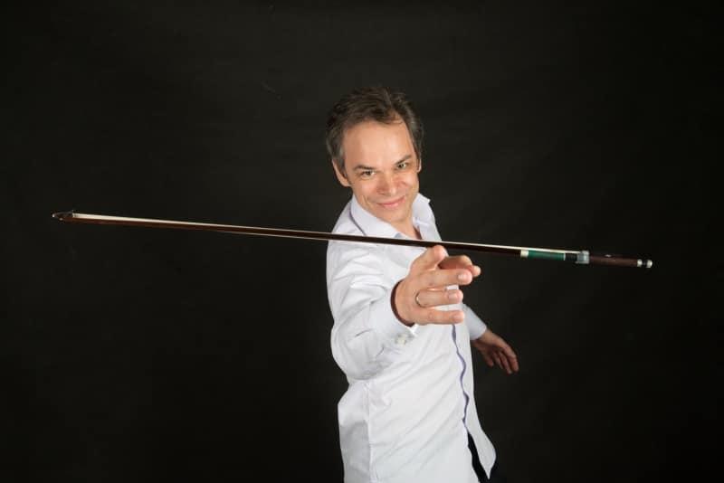 Benjamin Schmid (Violine und Leitung) (© Foto: Friese)
