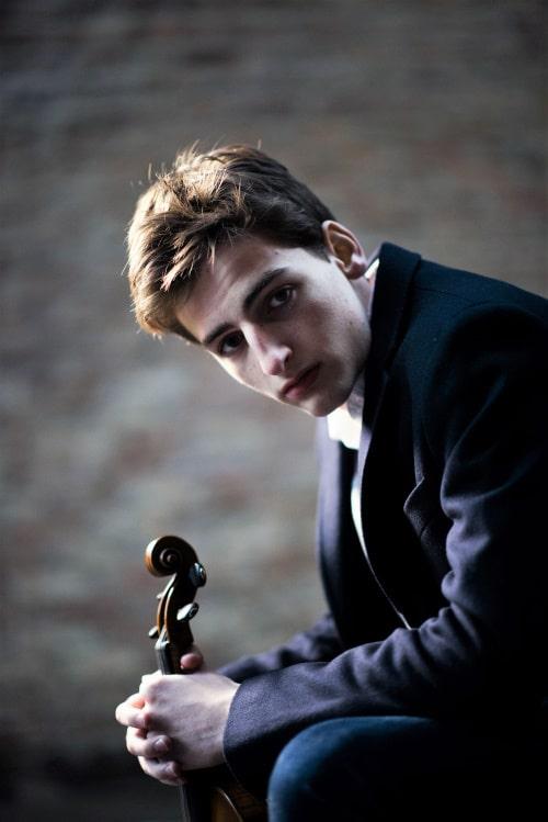 Joshua Brown (Violine) (© Foto: Sebastian Orr)