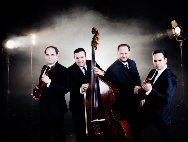 Janoska Ensemble (© Foto: Julia Wesely)