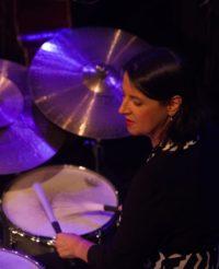 Ingrid Oberkanins, Percussion